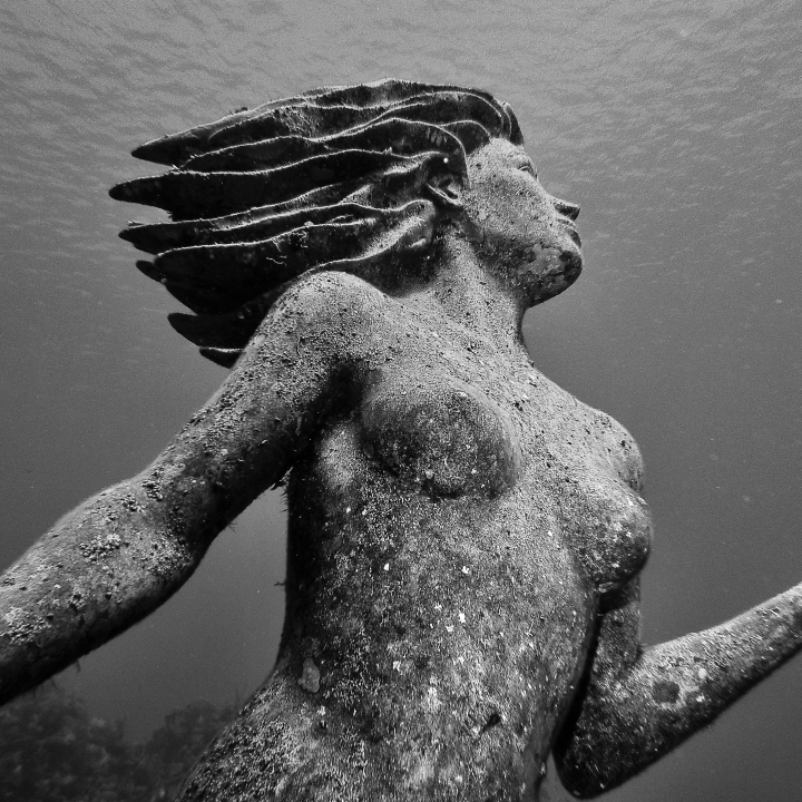 Underwater Mermaid statue, Amphitrite off the coast of Grand Cayman